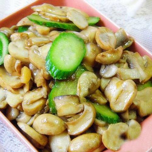 黄瓜小蘑菇