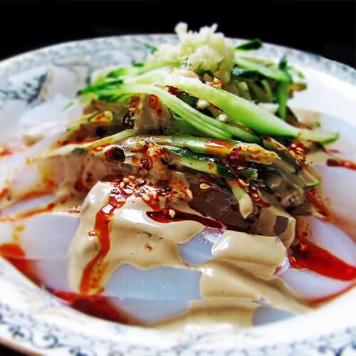 黄瓜拌干豆腐凉粉