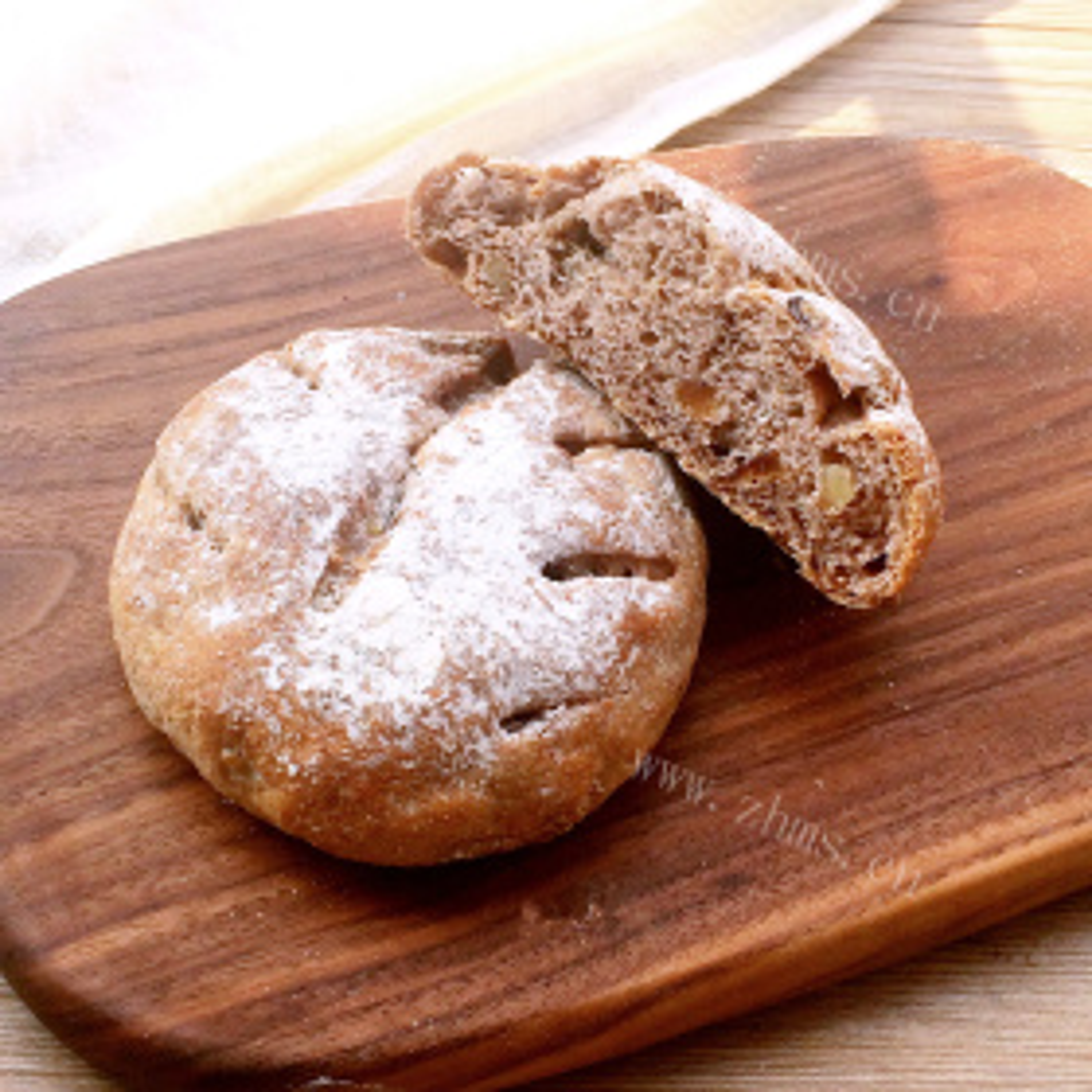 红枣桂圆全麦面包