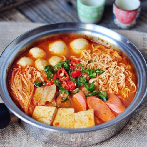 自制韩国泡菜鱼丸汤