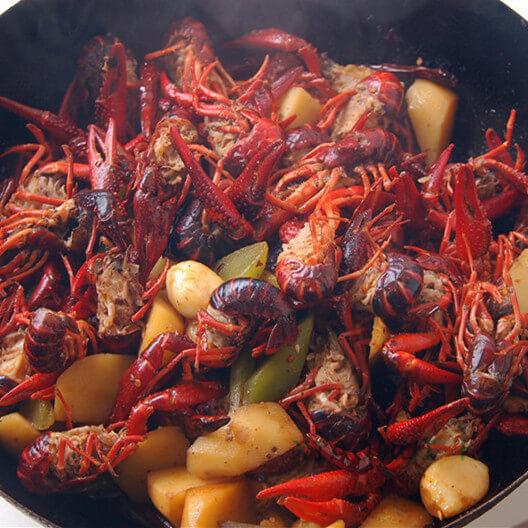 盐煮小龙虾