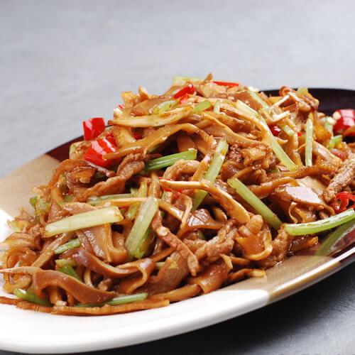 莴笋蚕豆炒肉丝