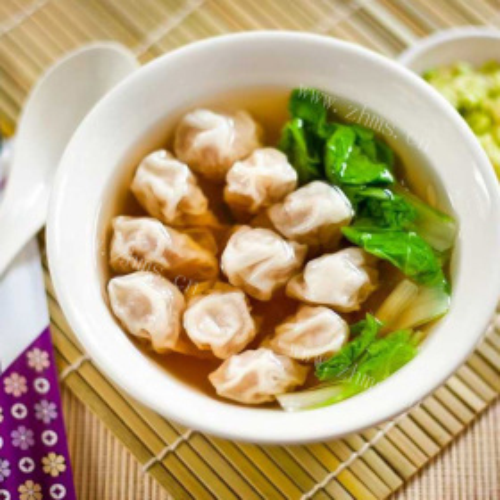 木耳菜馄饨汤