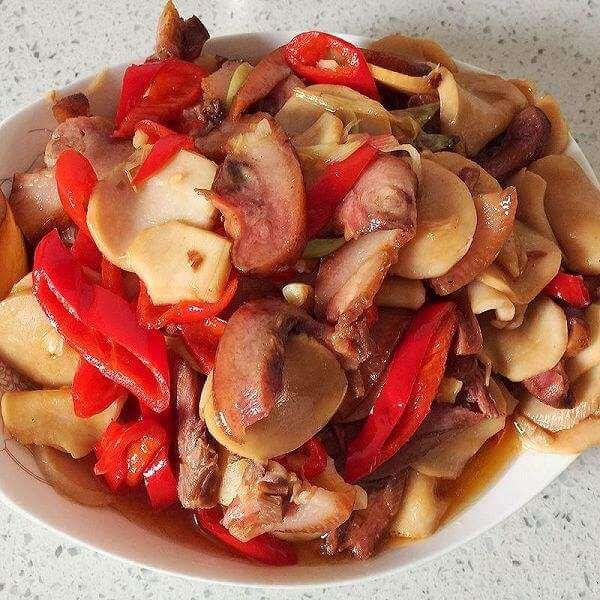 鸡腿菇炒虾仁