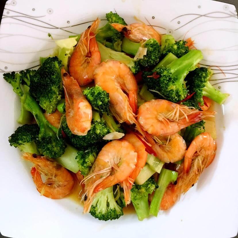 西兰花炒鲜虾