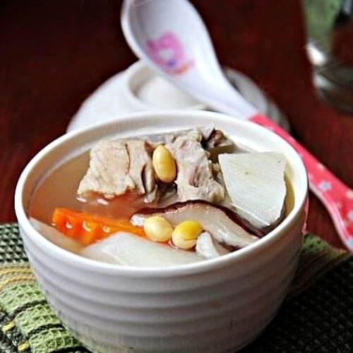 黄豆山药排骨汤