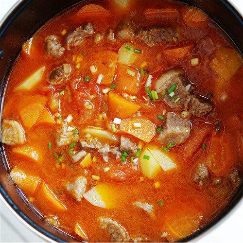 牛腩红柿汤