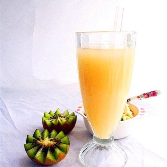 银耳梨汁热饮