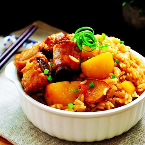 排骨土豆焖饭