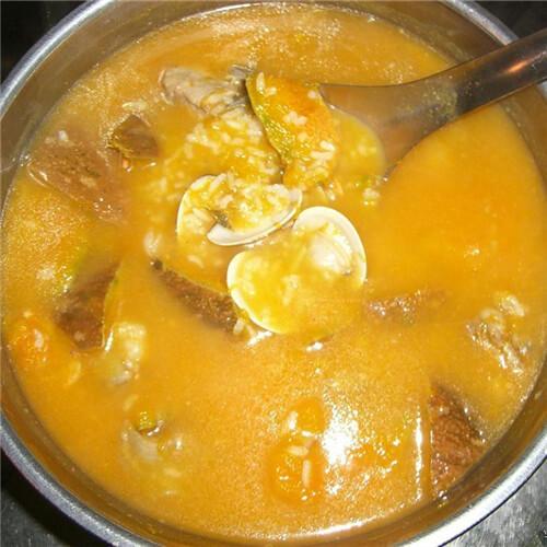 南瓜花滚瘦肉汤