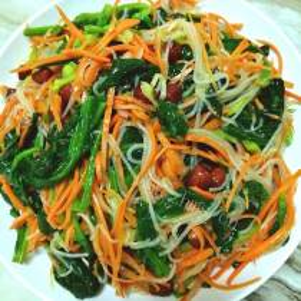 胡罗卜菠菜拌粉丝