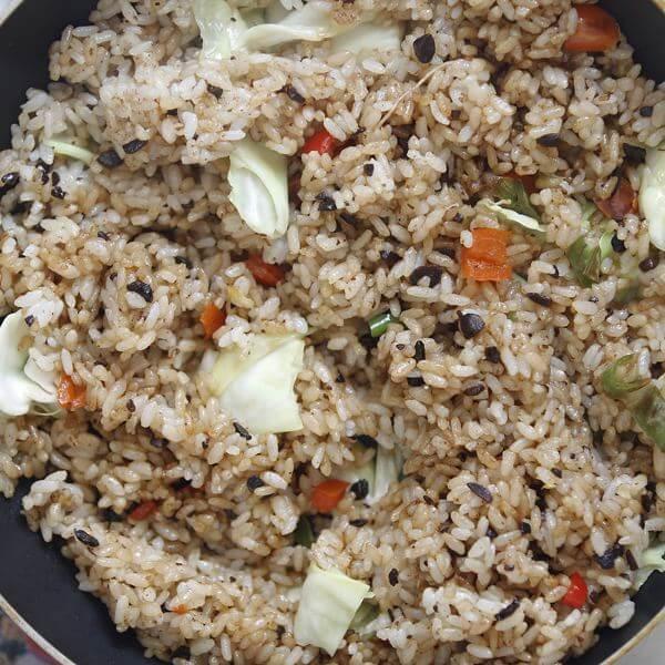 鸡肉炒米饭