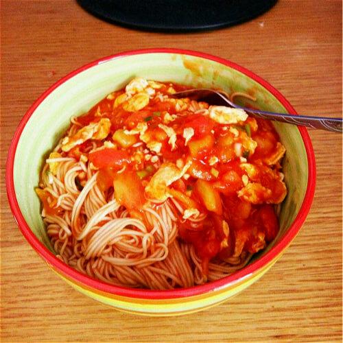 西红柿鸡蛋拌匀面