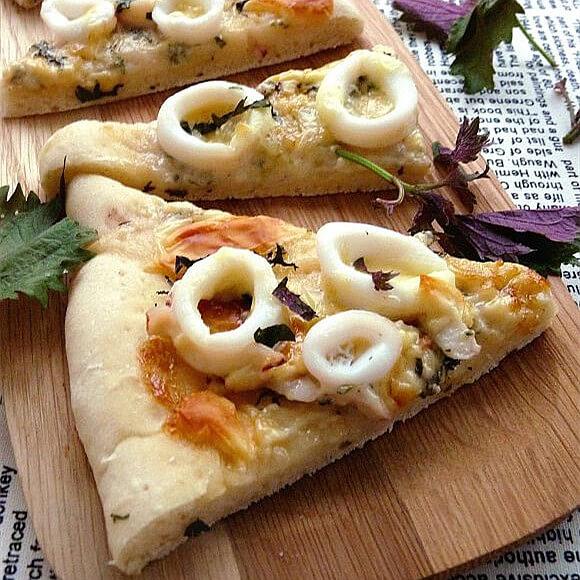 鱿鱼紫苏披萨