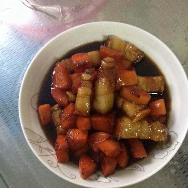 萝卜炖红烧肉