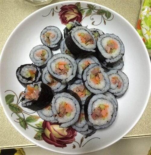 美味的培根虾仁寿司