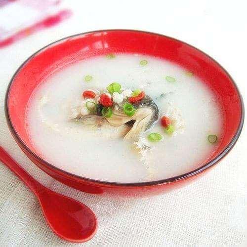 枸杞滚鱼滑汤