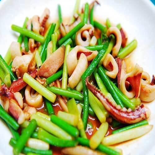 鱿鱼肉炒荷兰豆