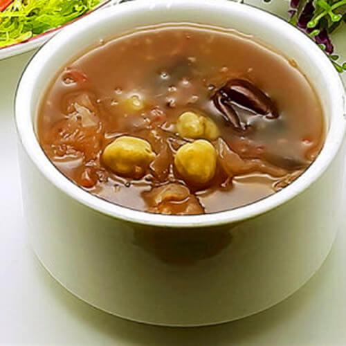 银耳红枣黑米粥