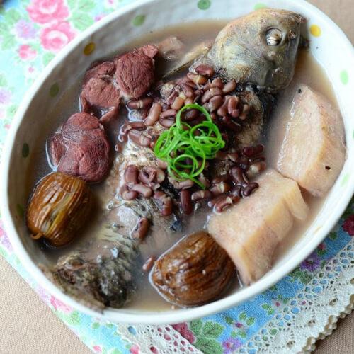 粉葛煲鲗鱼
