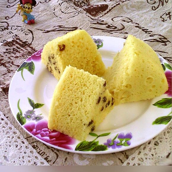 葡萄干白豆沙蒸糕