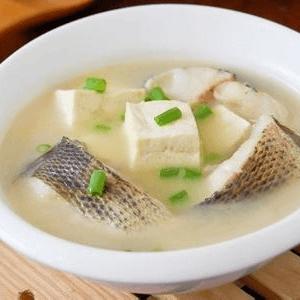 美味的豆腐鱼汤