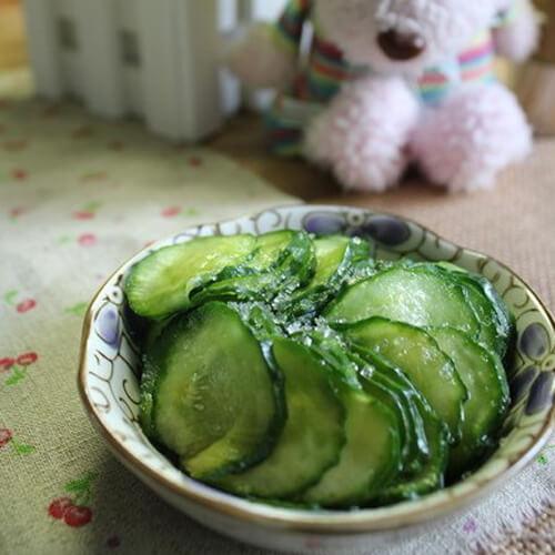 黄瓜蘸白糖