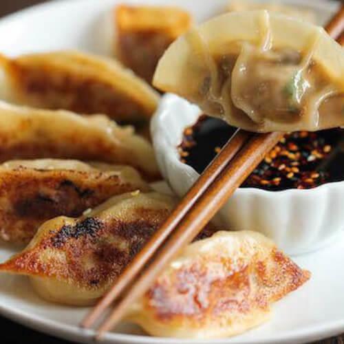 鸡蛋芹菜煎饺