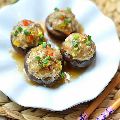香菇酿肉末加虾仁
