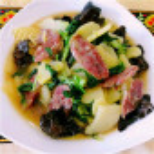 美味的小白菜土豆烧肉
