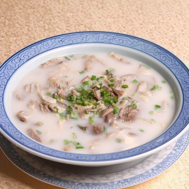 茼蒿羊肉汤