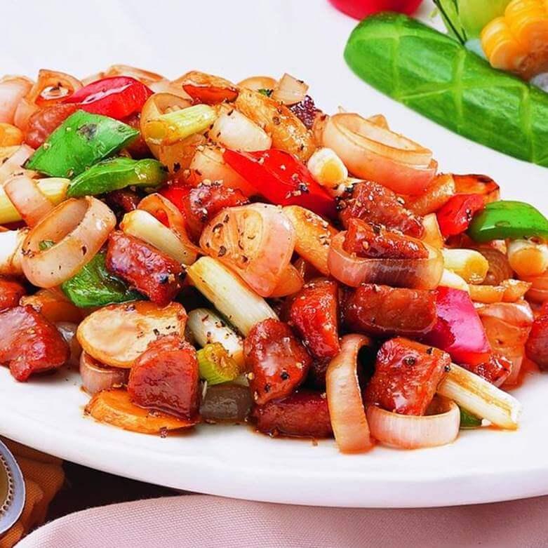 腊肉焖红葱头