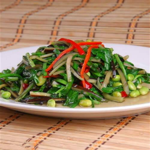 家常韭菜炒猫豆
