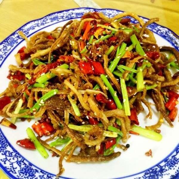 煸炒茶树菇