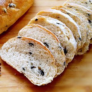 全麦黑榄面包