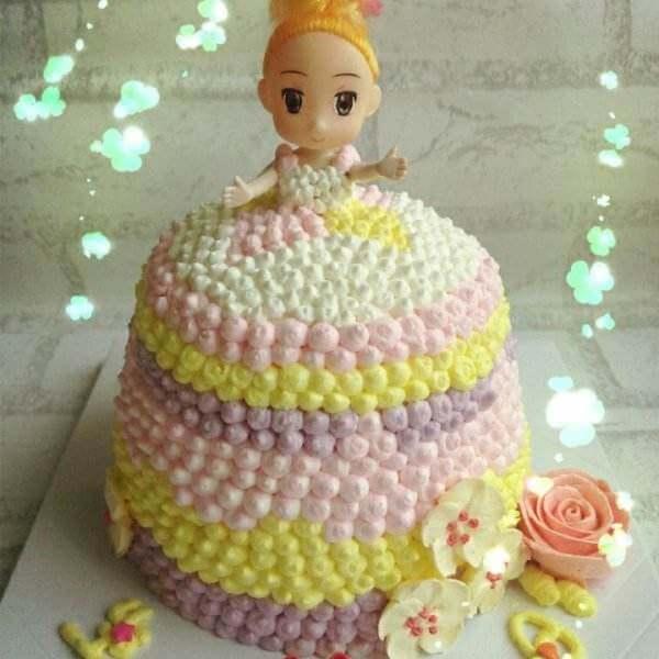 8寸小公主奶油蛋糕