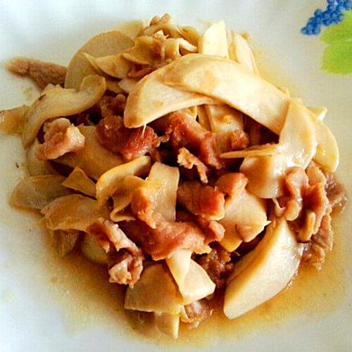 鸡腿菇炒瘦肉