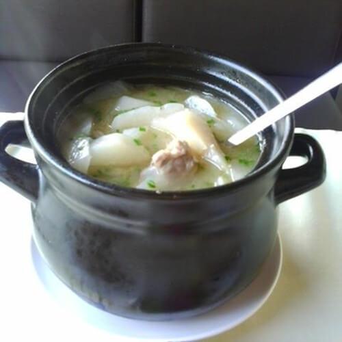 淮山萝卜扇骨汤