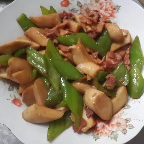杏鲍菇炒培根