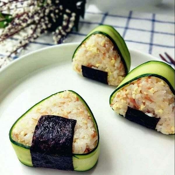 金枪鱼海带豆腐包