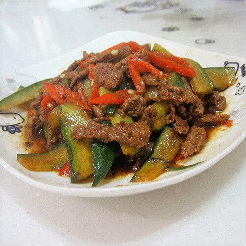 牛肉炒黄瓜