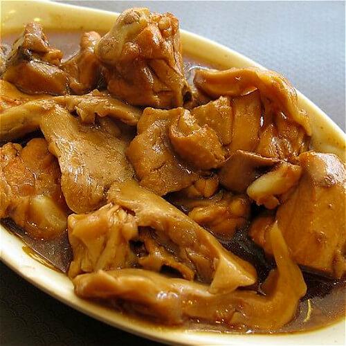 蒜黄蘑菇鸡腿