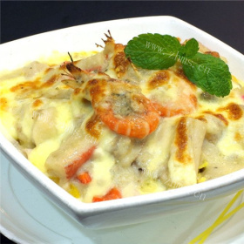 虾仁海鲜焗饭
