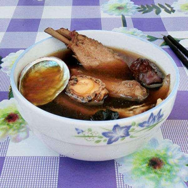 黄精乌鸡汤