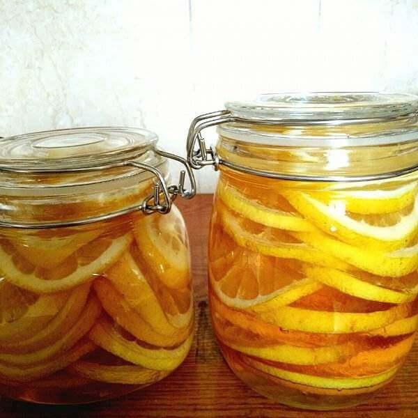 柠檬薏米蜂蜜水