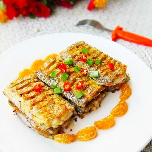美味的焖烧带鱼