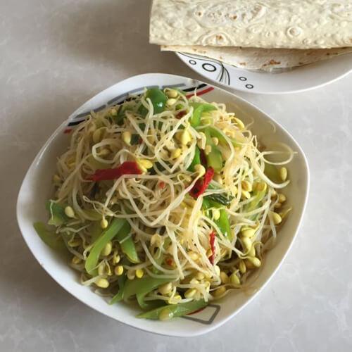 豆芽炒莴苣丝