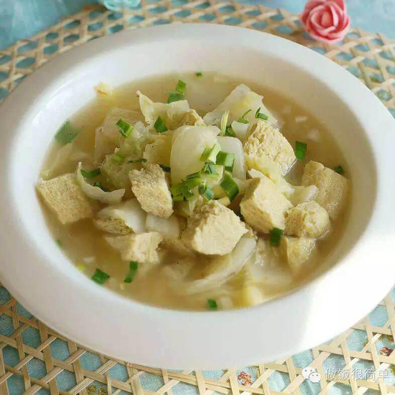 自制冻豆腐白菜粉条汤