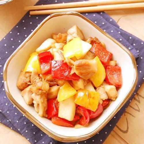 美味的彩椒鲍菇炒素肉