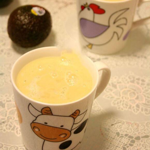 牛油果红柚子汁